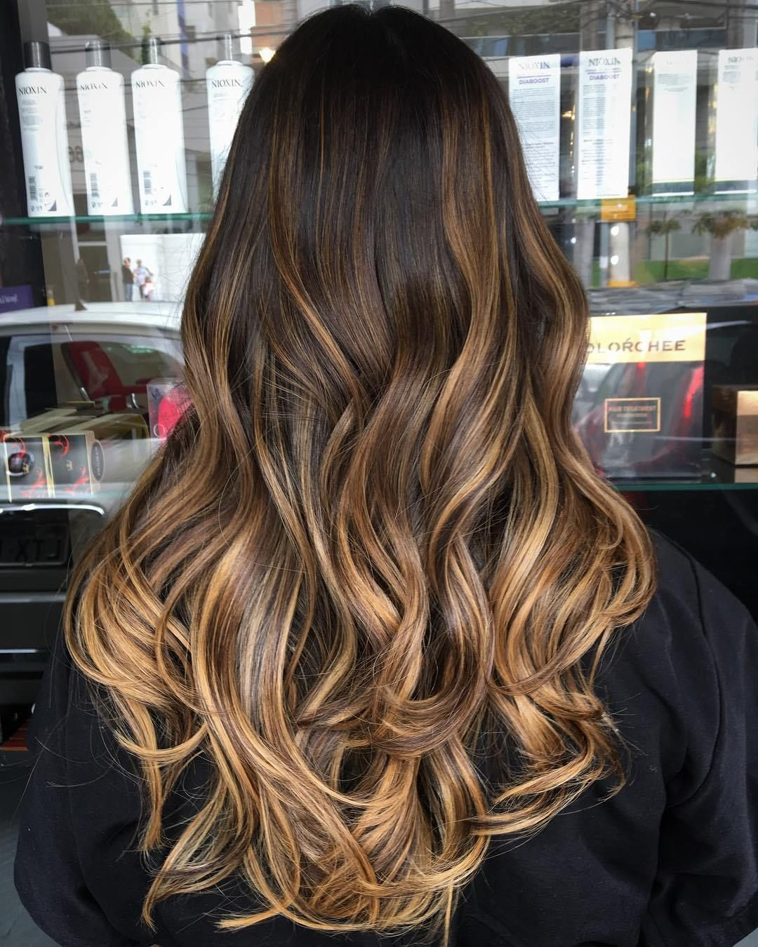 60 Hairstyles Featuring Dark Brown Hair With Highlights Hair Styles Long Hair Styles Natural Dark Hair