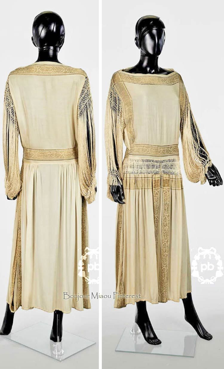Evening dress ca u ivory silk crepe embroidered with