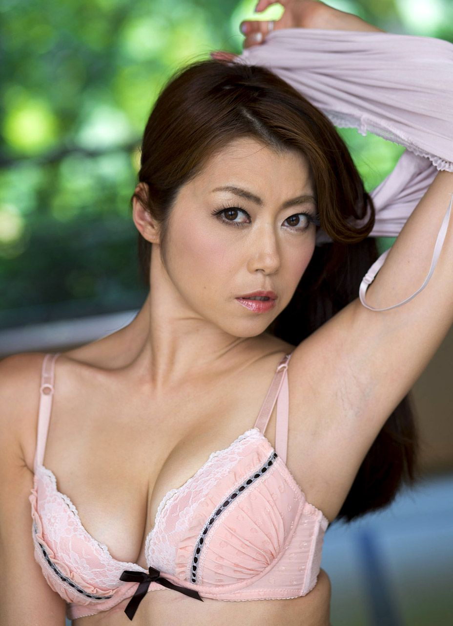 Maki Hojo 北条麻妃 Japanese Actresses Pinterest Asian