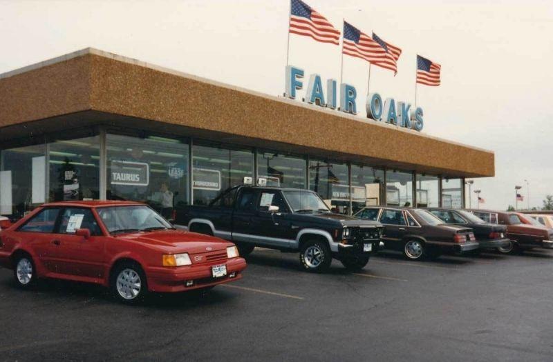 1980 S Fair Oaks Ford Dealership Naperville Illinois Oaks