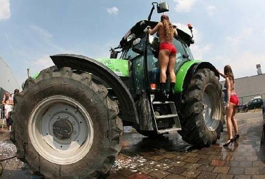 Clean tractors tracteur pinterest tracteur materiel agricole et les mat riels - Cars et les tracteurs ...