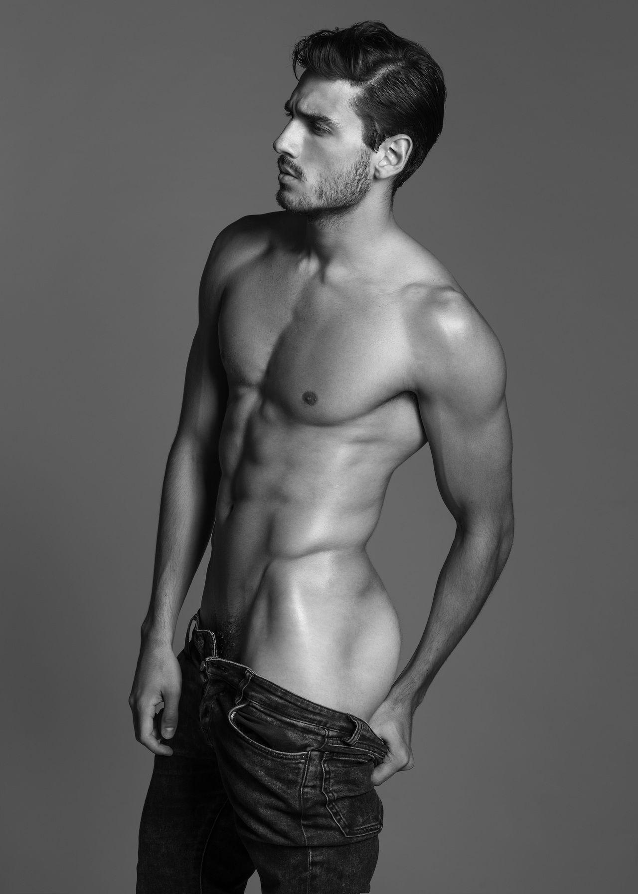Caio Medeiros by Wong Sim | almost nude | Pinterest | Nalgas