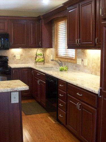 Traditional Kitchen Photos Cherry Cabinets Design Pictures Remodel Decor And Ideas Page 11 Classy Kitchen Cherry Cabinets Kitchen New Kitchen Cabinets