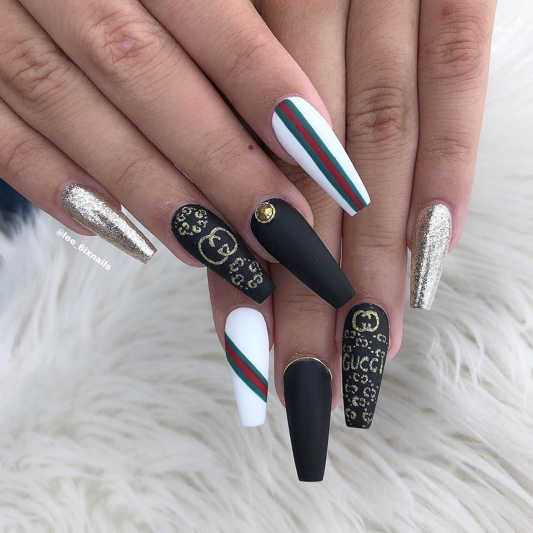 Lee Stiletto Nails On Instagram Gucci Gang Gucci Nails Ideas Of Gucci Nails Guccinails Gucci Nails In 2020 Gucci Nails Chanel Nails Disney Acrylic Nails