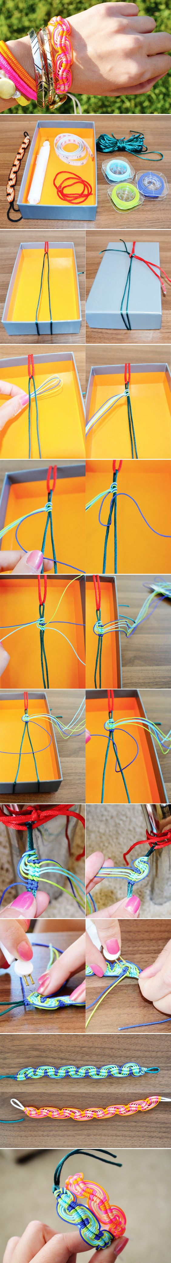 Wavy Friendship Bracelet - Tutorial