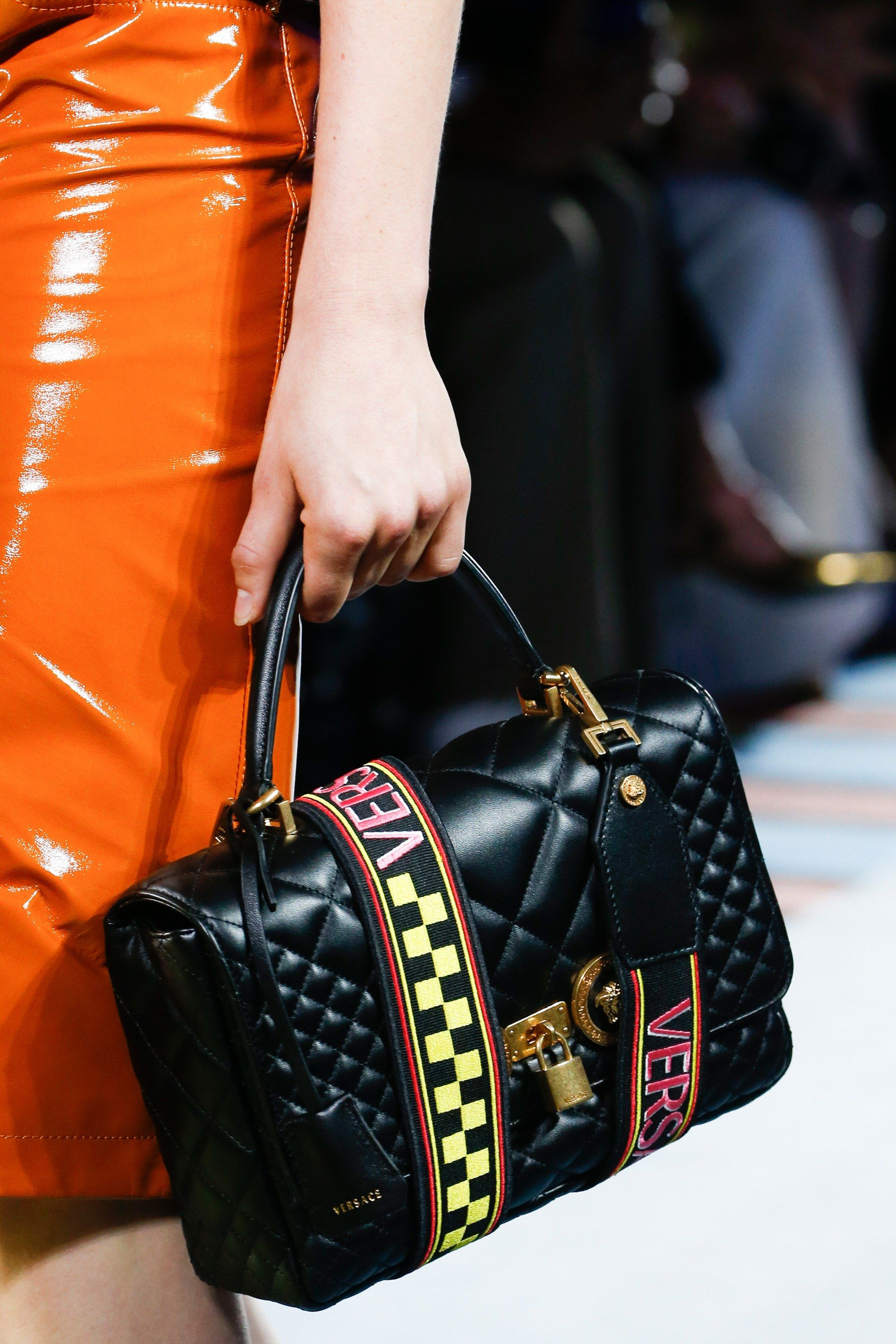 22e9277b52 Versace Spring 2019 Ready-to-Wear Collection - Vogue