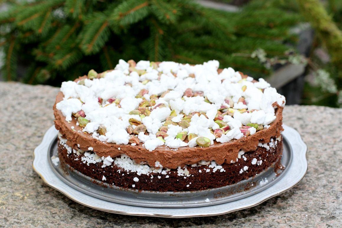 vit chokladmoussetårta med kladdkakebotten