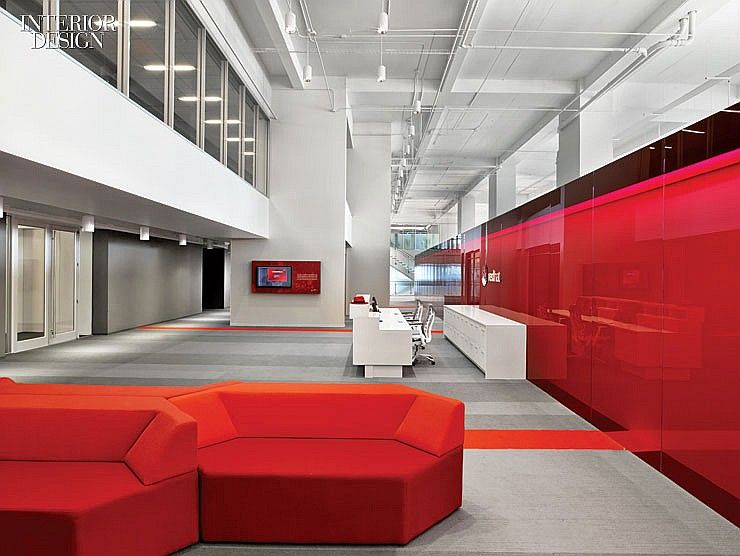 hats off red hat re commits to raleigh red hats startup office