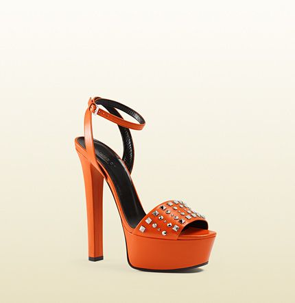 Gucci - sandalia de plataforma de piel con tachuelas 374523C9D001000 ... 510436670bf