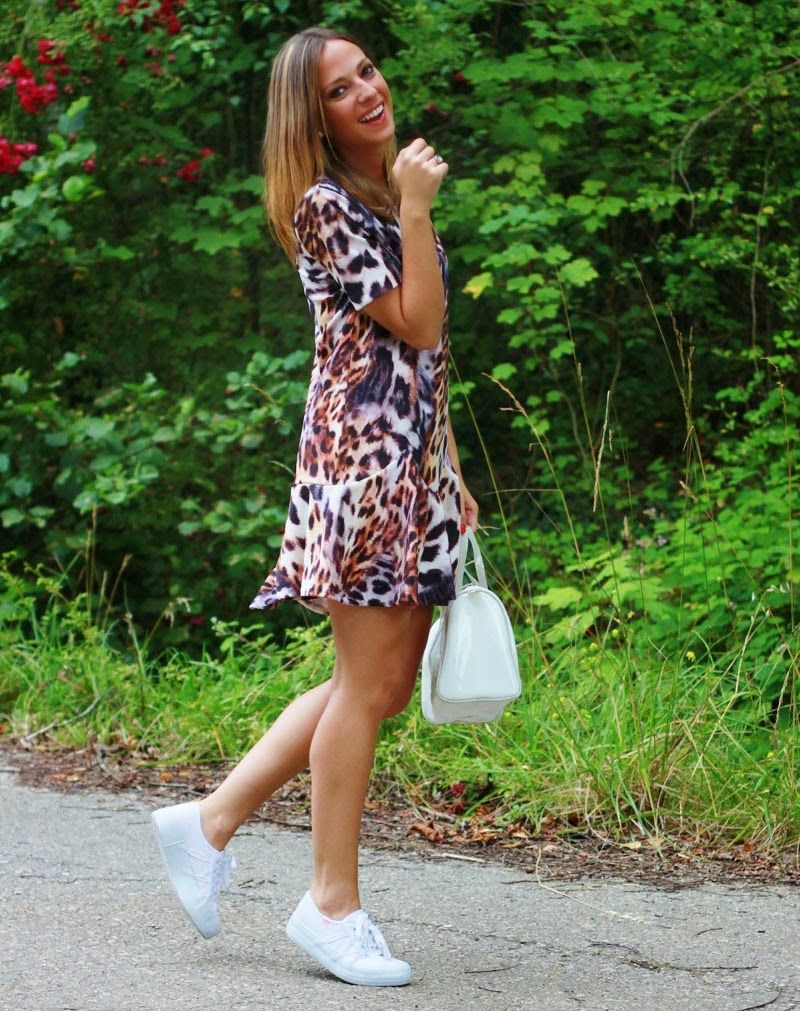 Tacones VS Bambas   Looks and shoes