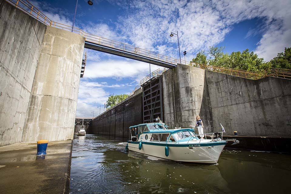 Visit The Erie Canalway National Heritage Corridor In Albany Ny Historical Sites Waterway Capital Region