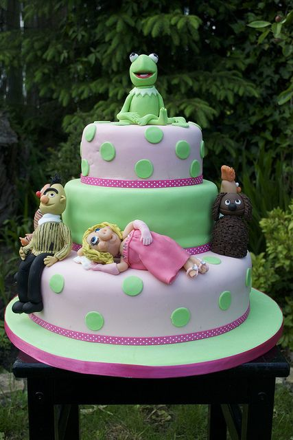 The Muppets! (disneycakes.tumblr.com)