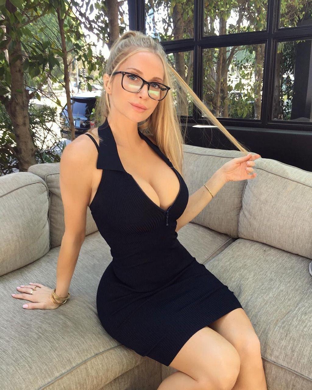 Amanda Elise Porn amanda elise lee aka amanda fitness looks stunning in