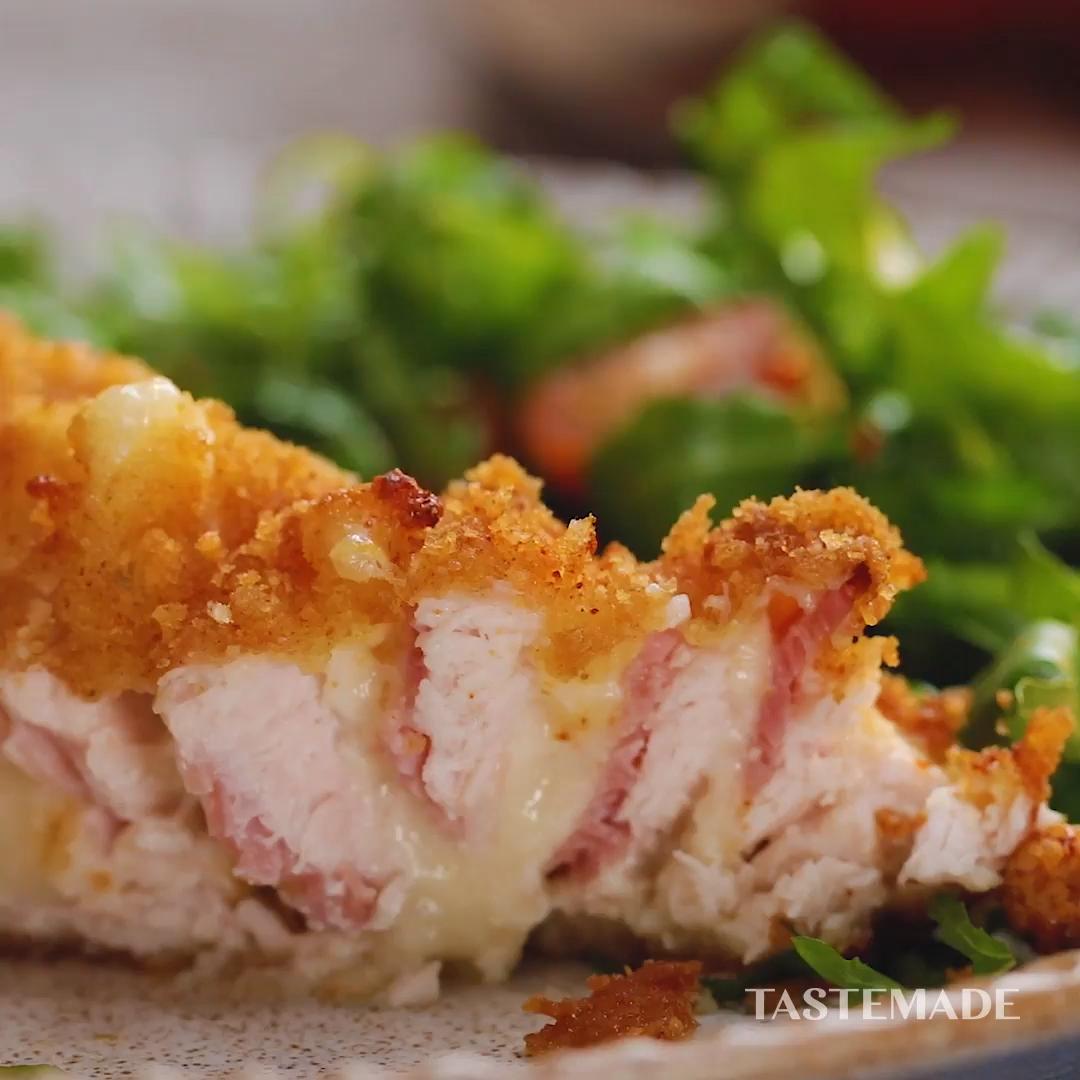 0:00/0:37  Hasselback Chicken Cordon Bleu #hasselbackchicken