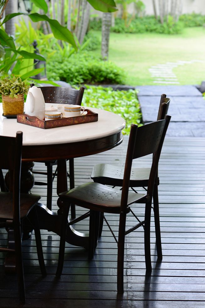 Kopitiam Table And Chairs Design