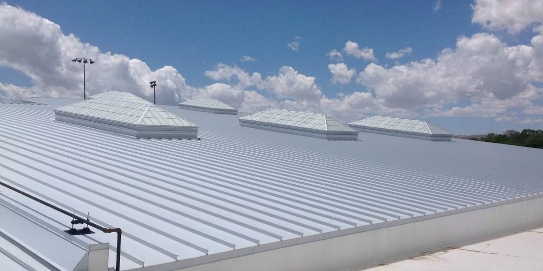 Protect Your Building With Commercial Roofing Services In Los Angeles Commercial Roofing Roofing Services Roofing