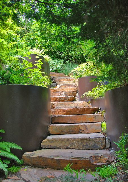 Stone Slap Steps Within Smooth Steel Walls Modern Landscaping Garden Stairs Modern Garden