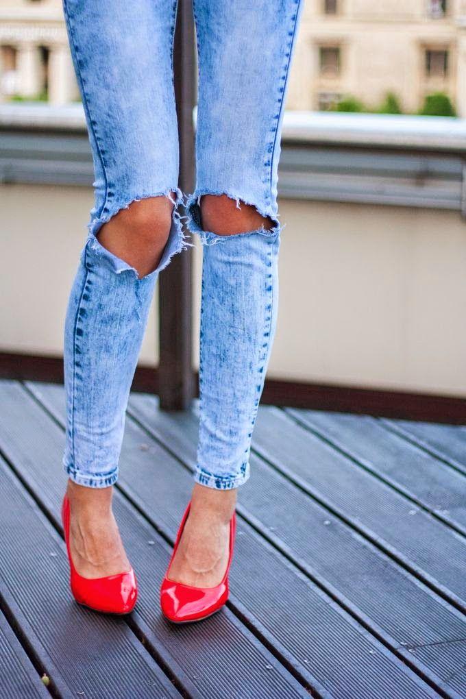 Dziurawe Spodnie W Stylu Lumpexoholiczki Jak Zrobic Diy Fashion Heels Stiletto Heels