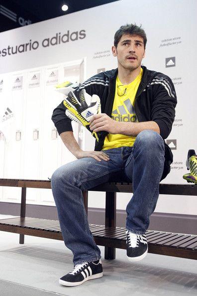 New Launch Helps Iker Photos Casillas The Photos wU6av