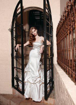 Impression Bridal: 10030