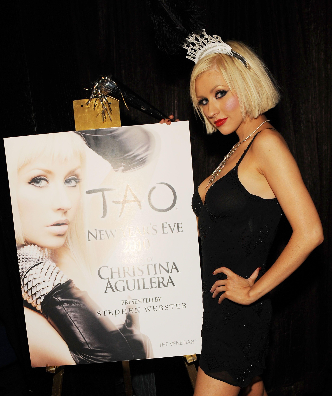 {24 Pics} Christina Aguilera at the New Year