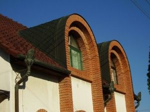 We have the capabilities to build any gutter accessories you can imagine. http://copperexclusive.com/european-half-round-gutters-and-accessories/