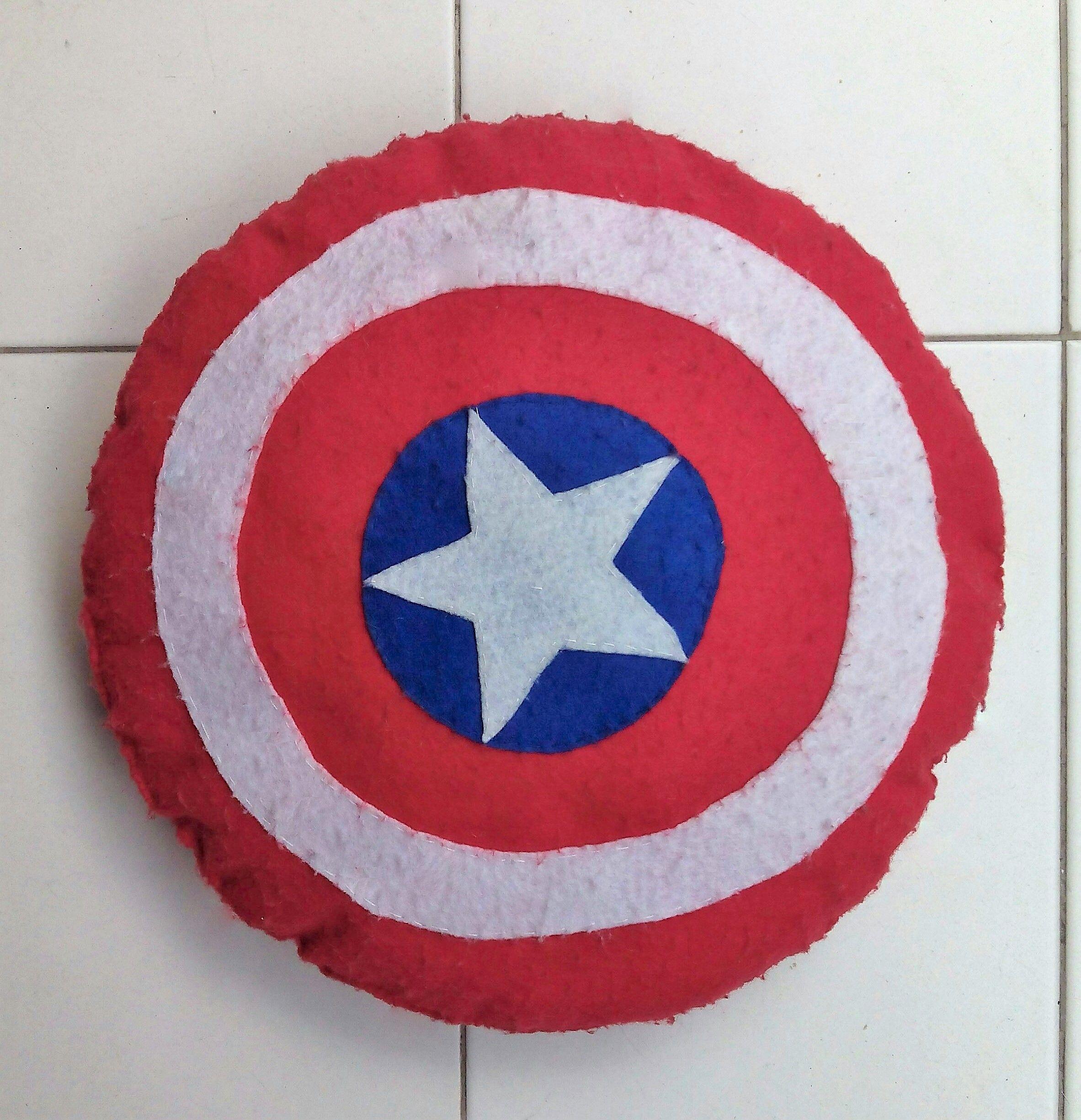 Cojín Escudo Capitán América fieltro…   Fieltro   Pinterest   Escudo ...