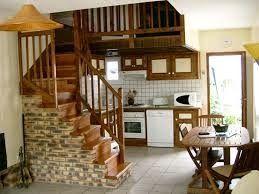 Cocina debajo escalera cocinas pinterest escalera for Escaleras cocinas pequenas