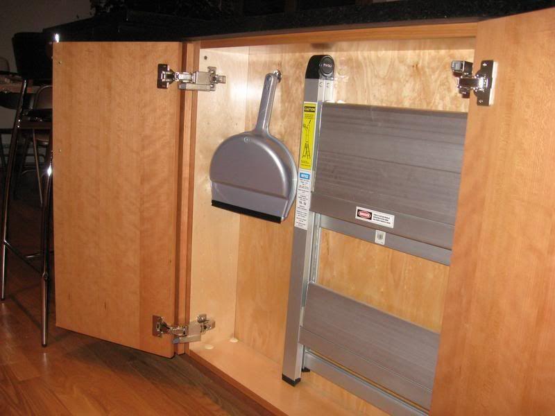 step stool u0026 dustpan storage between studs? & step stool u0026 dustpan storage between studs? | DIY: organizing ... islam-shia.org