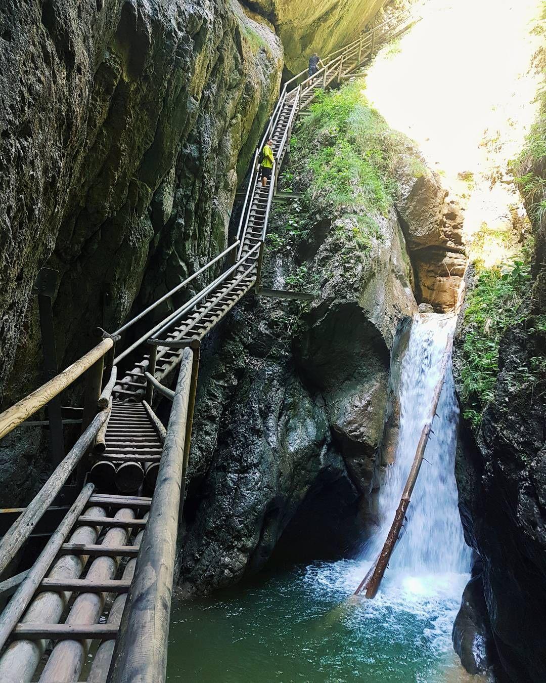 Erkundet die ausgefallensten Wanderungen in Österreich | 1000things.at #hikingtrails