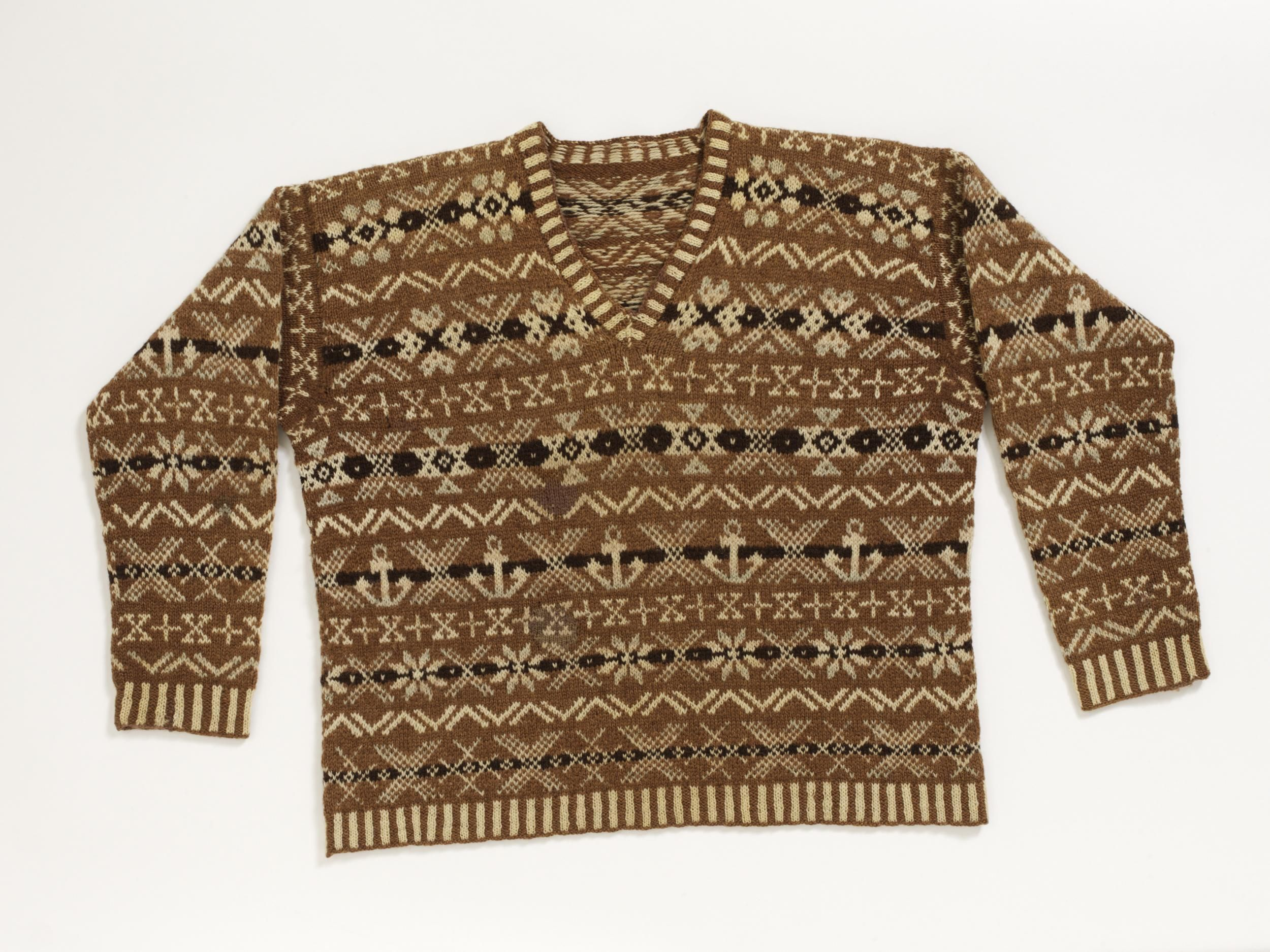 V\u0026A Collection. 1920s Shetland golfing sweater. Donation by