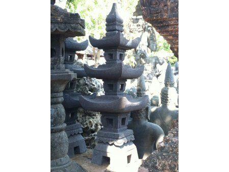 Lanterne japonaise pagode en pierre de lave 1 m jardin zen - Lanterne zen jardin ...