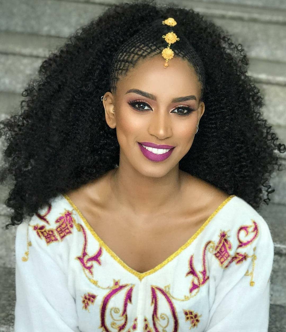 Black Queen Ethiopian Beauty Black Beauties Beautiful Women Faces [ 1257 x 1080 Pixel ]