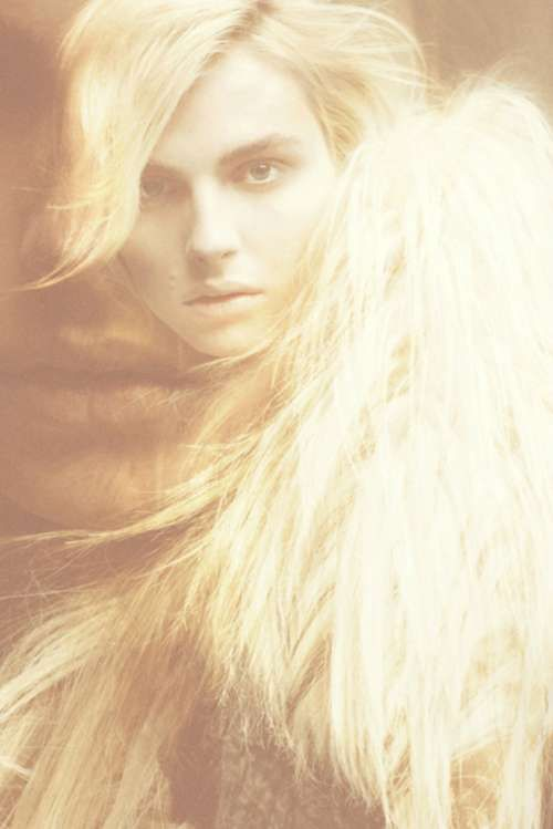 Post-Apocalyptic Androgynous Shoots - The Andrej Pejic SID Magazine Fall 2011 Photos are Haunting (GALLERY)
