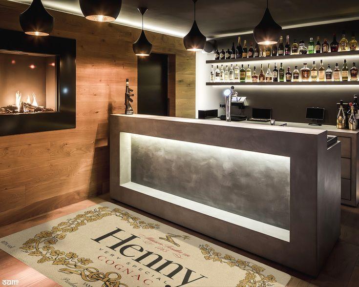 Henny Rug • Luxury Streetwear Home Decor • Modern