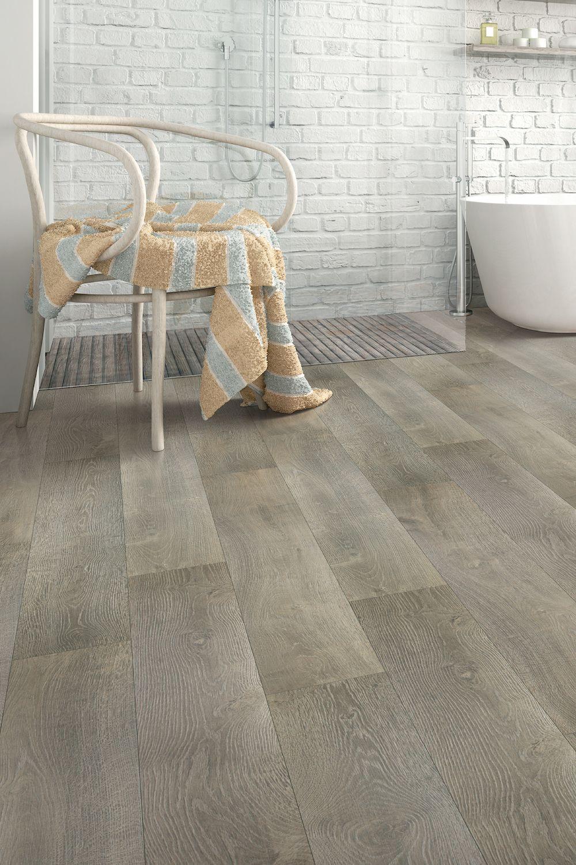 Bolingbrook Oak Quick Step In 2020 Flooring Quick Step Flooring Laminate Flooring Bathroom