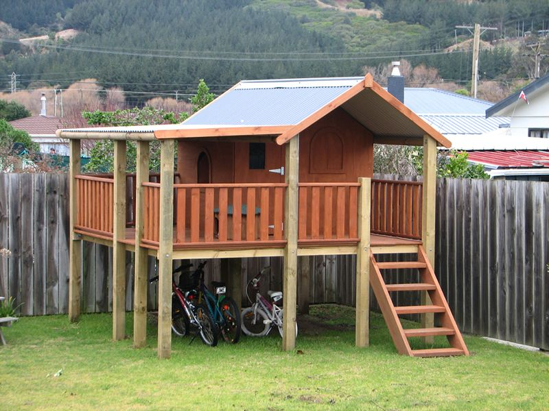 All for the Boys - All for the Boys - Fort Friday Outdoor Forts, Kids - Fort Friday Pallet Ideas Play Houses, Backyard Fort, Cubby Houses
