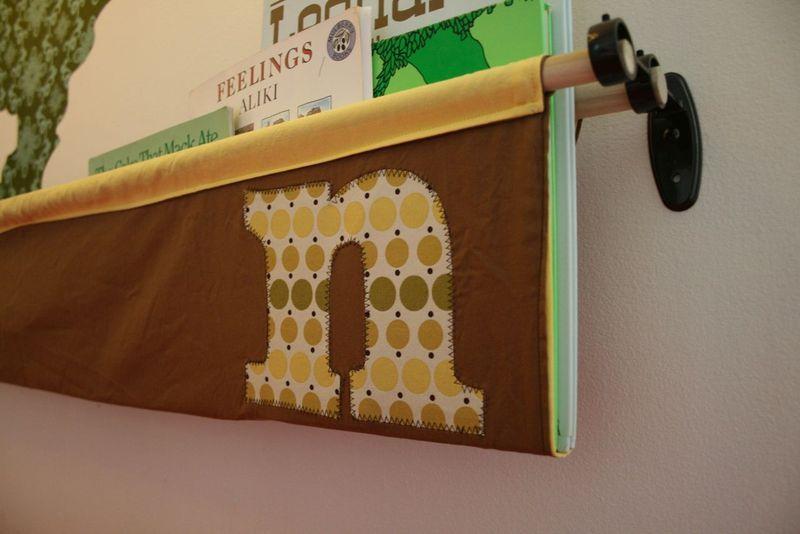 Tutorial Hanging Book Display Book Sling Fabric Bookshelf Kids Room Organization