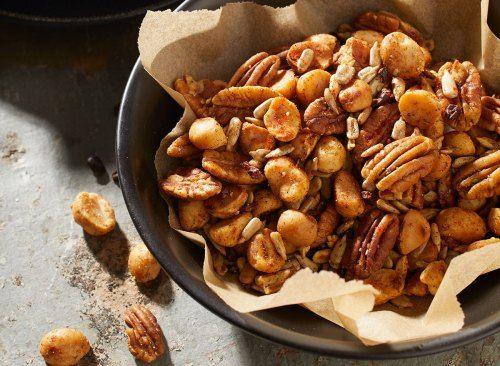Quick and Easy Keto Macadamia Nut and Pepita Trail Mix Recipe