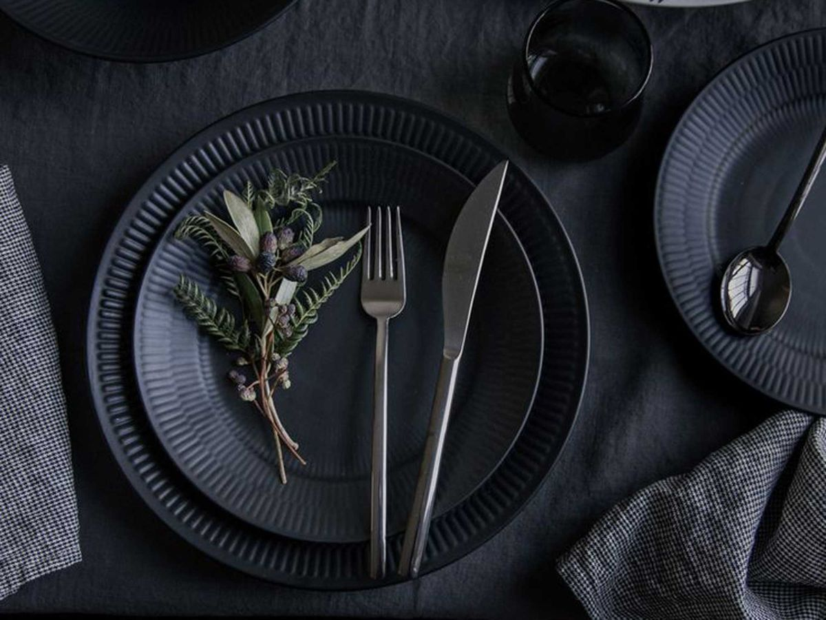 TRNK Dinner Plate | Any food would look all the more enticing atop this stark canvas of matte black dinnerware. & Gift Guides: Dishes and Decor for a Stylish Home Upgrade | Black ...