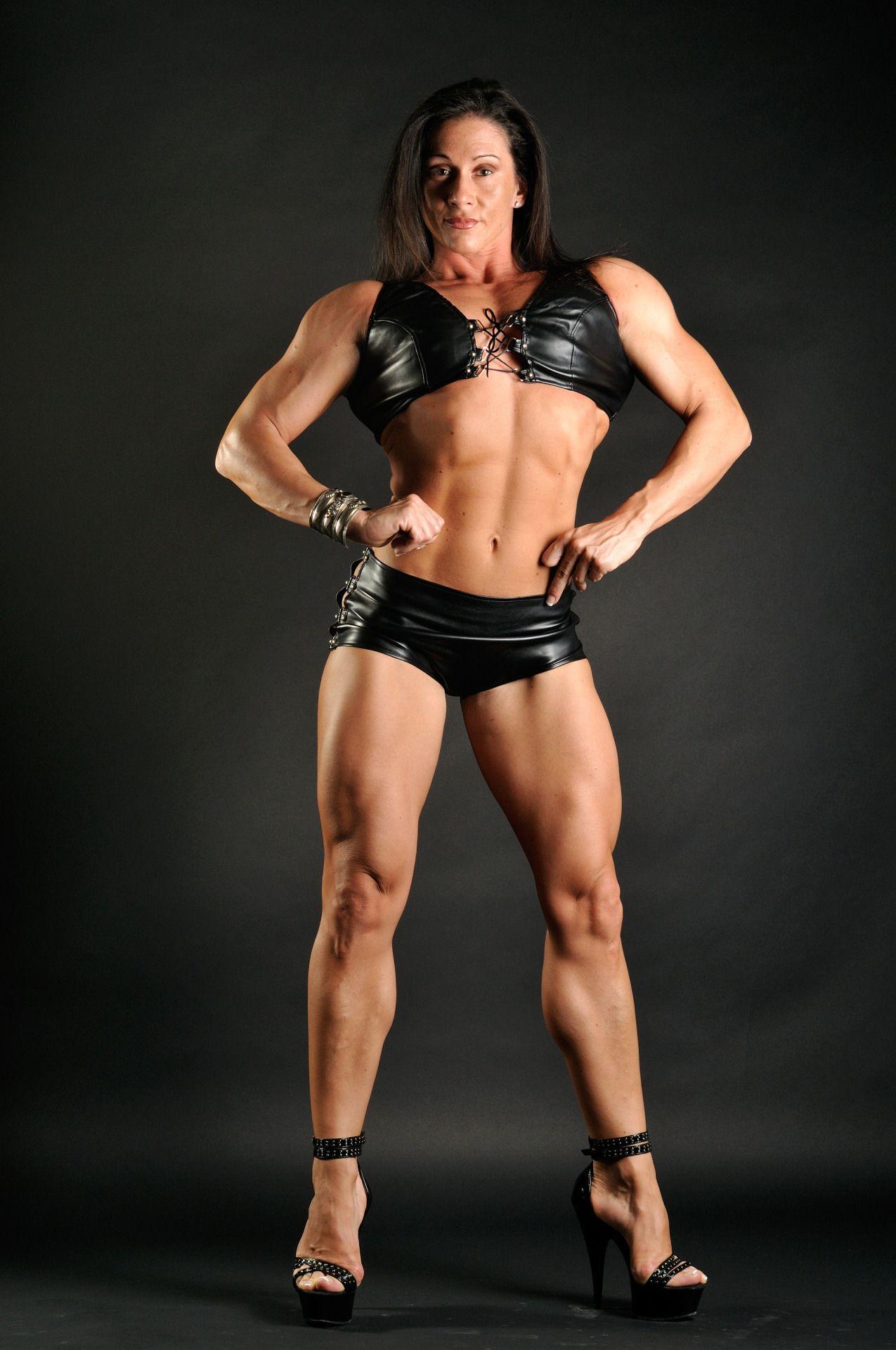 Mature femme fatale female bodybuilder buff girls sex