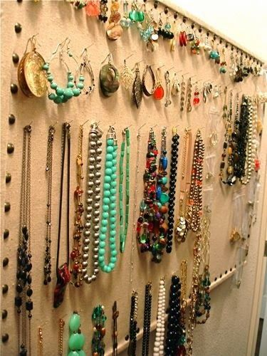 Bulletin Board Jewelry Organizer collares Pinterest