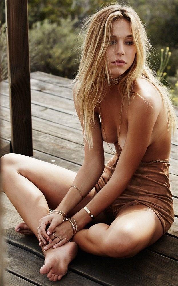 die-sexy-blondine-nacktfotos-cristine-reyes