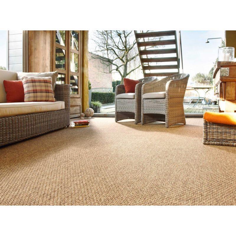 Alfombra para interior y exterior de fibra sintetica for Modelos de alfombras