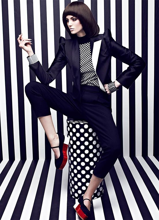 High Contrast: Fashion Photography by Chris Nicholls ...