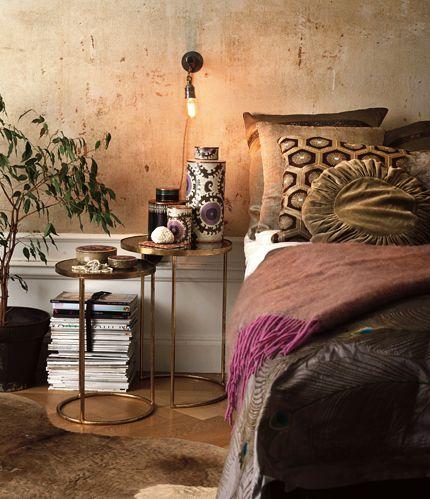 Bohemian- love the earthy wallpaper...paw paw inspired pillow  fuschia throw make me swoon!!!!