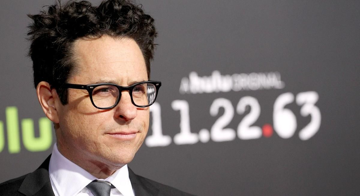 J.J. Abrams says Star Wars will get an openly gay character