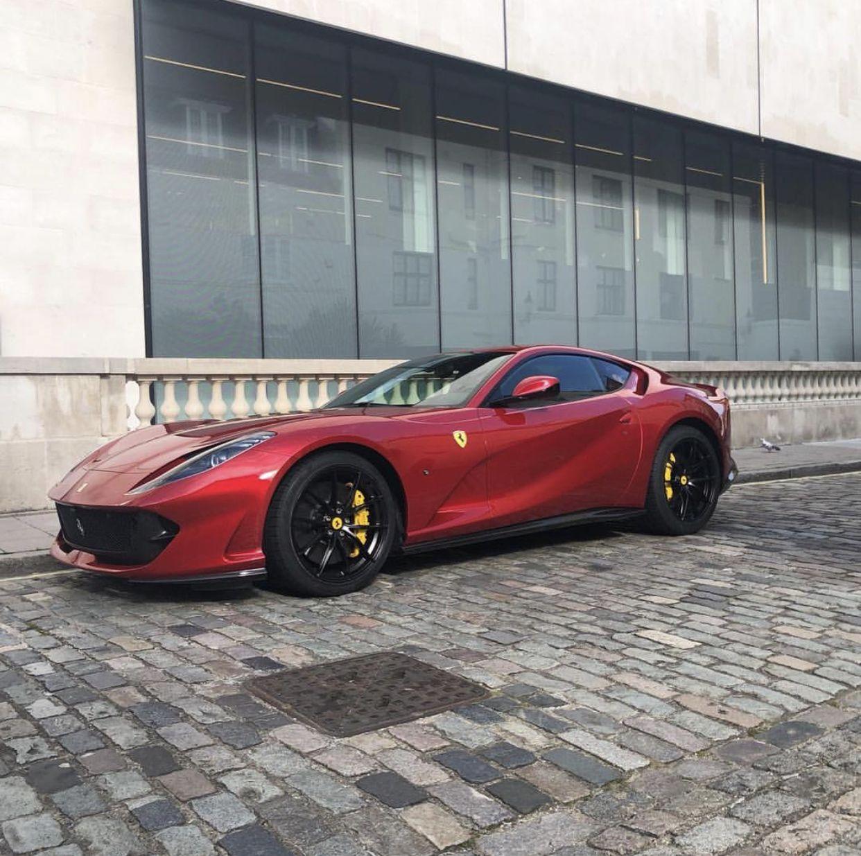 Ferrari 812 Superfast Painted In Rosso Fuoco Photo Taken By Sirzeta On Instagram Owned By Sirzeta On Instagram Motorsykler