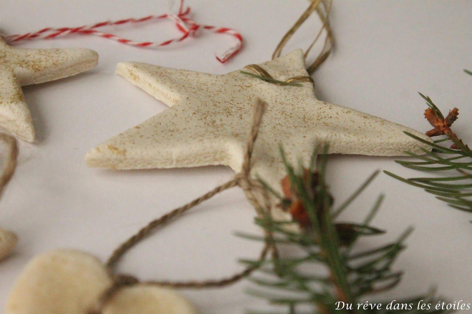 Noël 2019, ornements en pâte à sel - suite #pateasel #pâteàsel #noel #christmas #christmastime #xmas #activitenoel #ornements #decorationdesapin #treeornament #suspensionsapin #durevedanslesetoiles #eclatezvotrebulle #kids #recettepâteàsel #recettepateasel #slowconsommation #slowlife #ralentir #vivresimplement #slowdecoration #slowchristmas #0dechet #maisonzerodechet #famillezerodechet #zerowaste #zerodechet #ornamentsideas