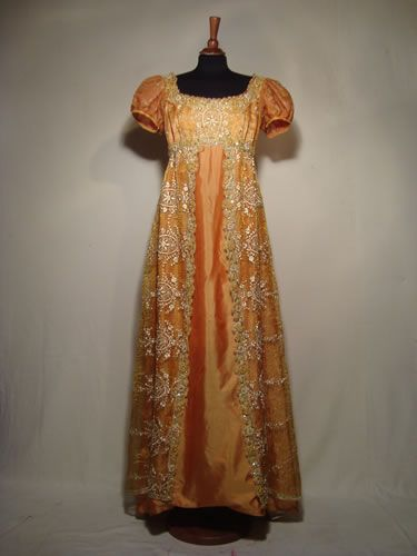 Empire style dress, 1810  Regency... lets go back to this! No worries about mommy-tummy and muffin-tops!